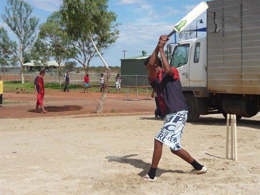 Australia Day in Yalgoo - Cricket on Aus day